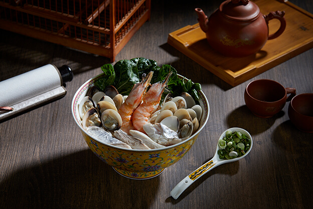 Trio Seafood Combo Noodles
