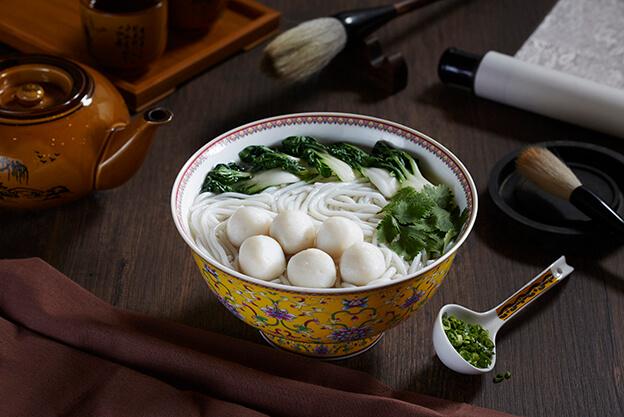 Fresh West Saury Fishball Noodle